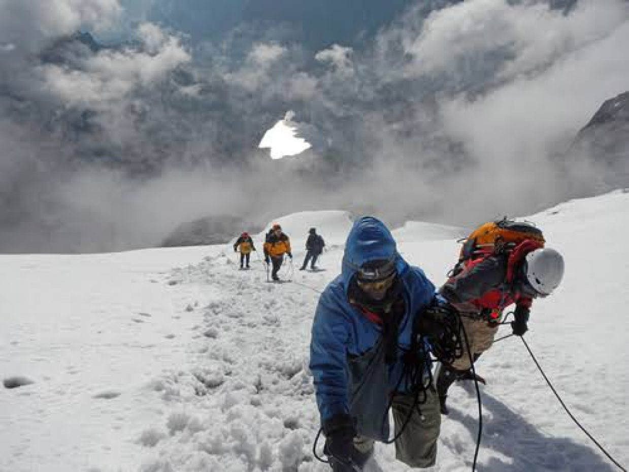 9 Days Rwenzori Mountain Climbing Trip in Uganda 5