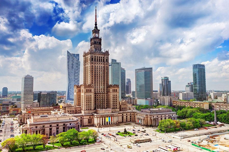 Royal Castle with Warsaw Old Town + Palace of Culture & Science 5