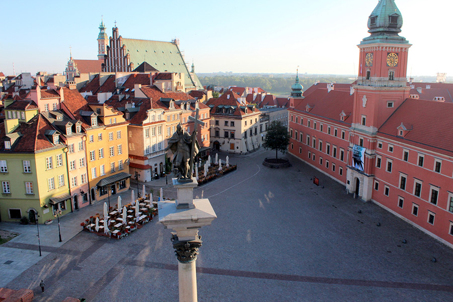 Warsaw Old Town (Royal Castle inside) + Warsaw Uprising Museum (1944) Private Tour 10