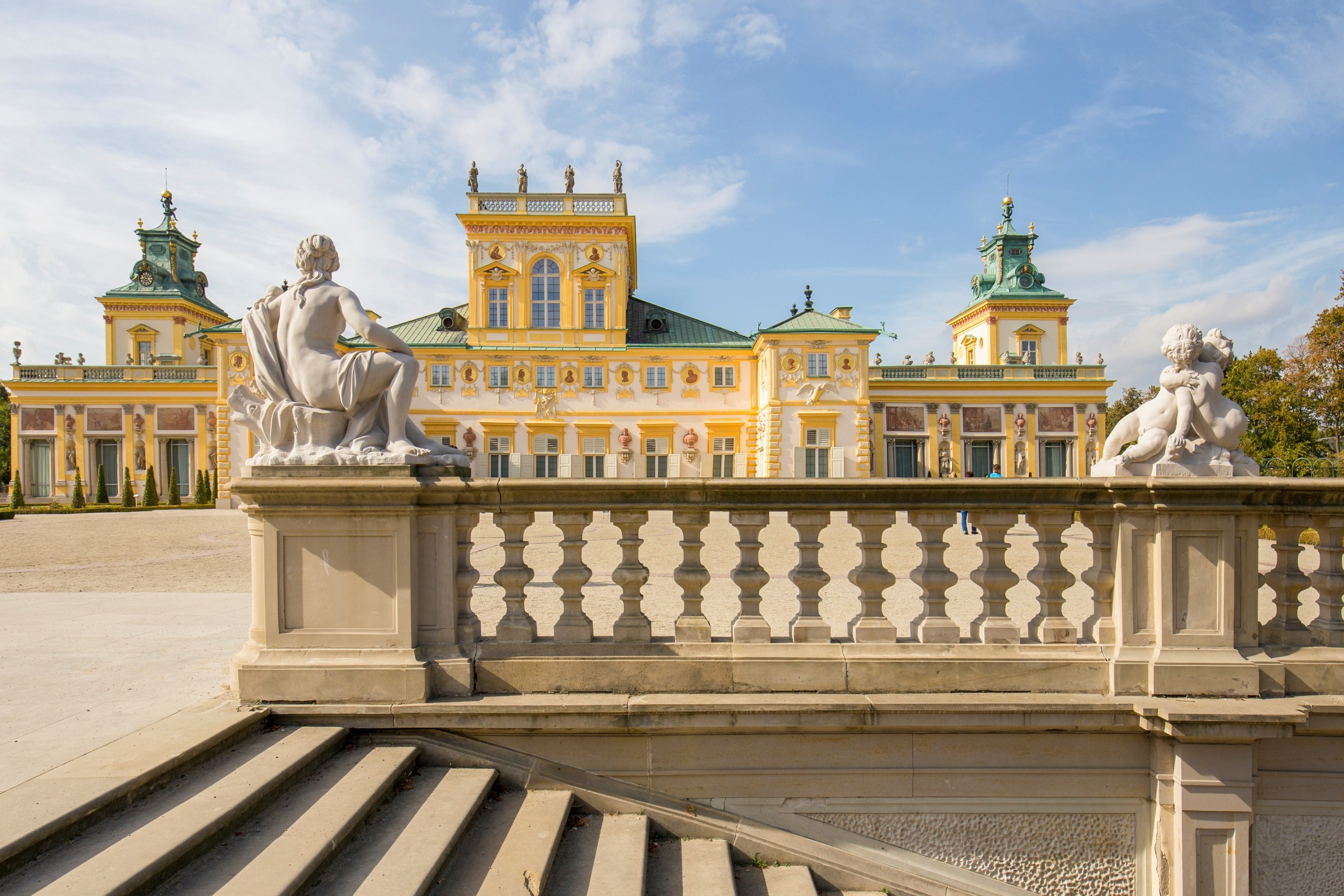 Royal Castle with Warsaw Old Town + Wilanow Palace of King Jan III Sobieski 4