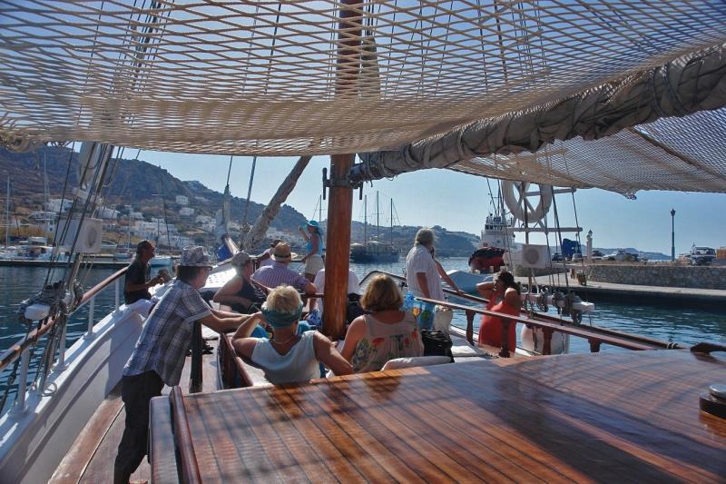 Mykonos South Coast & Paradise Cruise 4