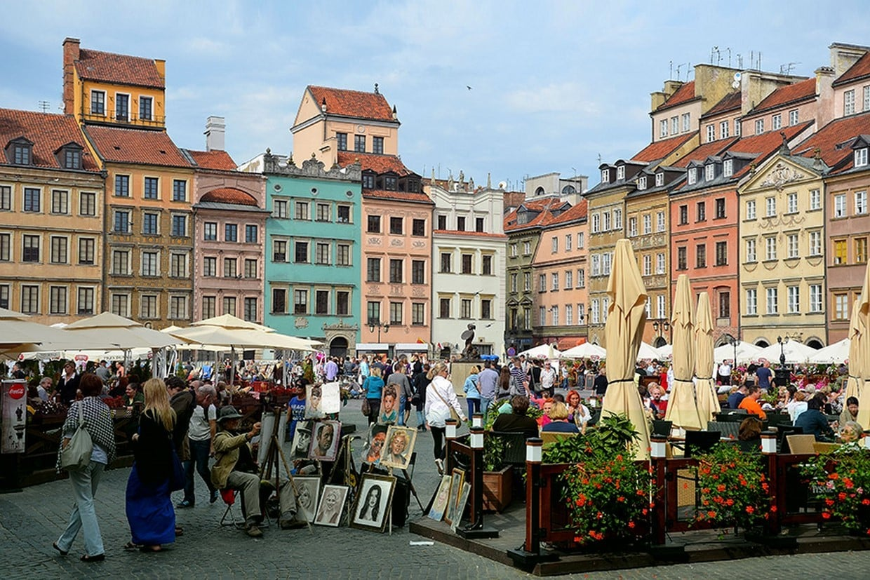 Royal Castle with Warsaw Old Town + Palace of Culture & Science Private Tour 4
