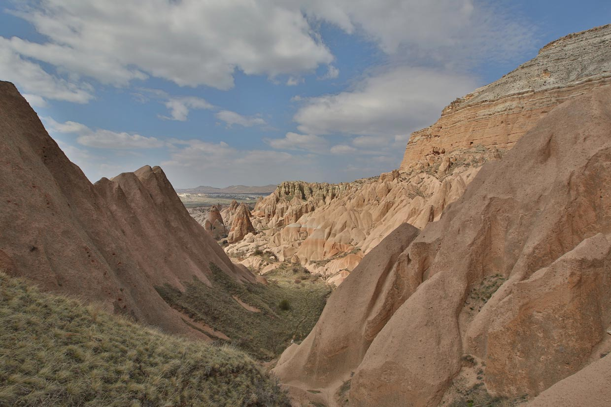 Red Valley and Rose Valley