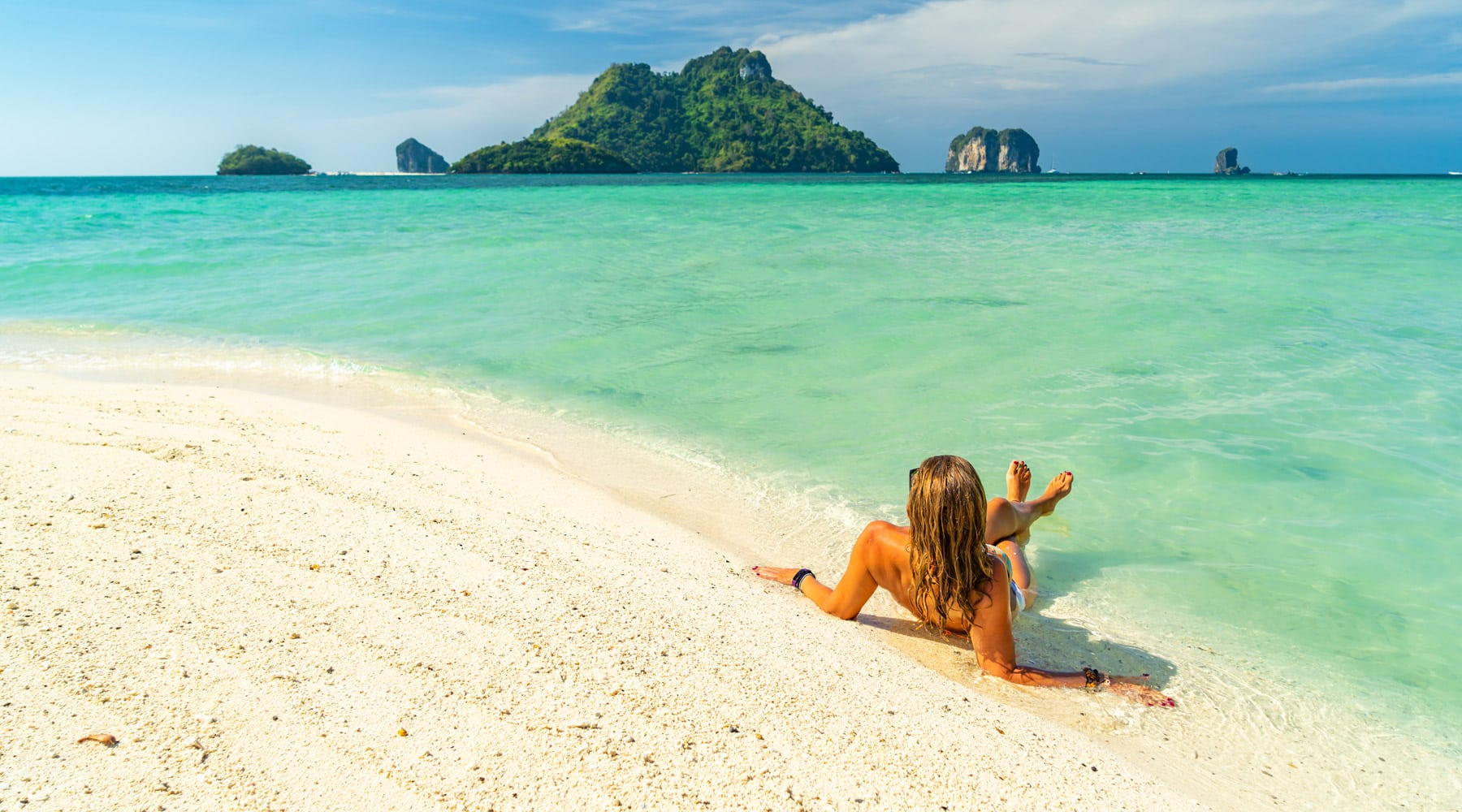 Railay Beach, Thailand – Must Visit Attractions and Tips