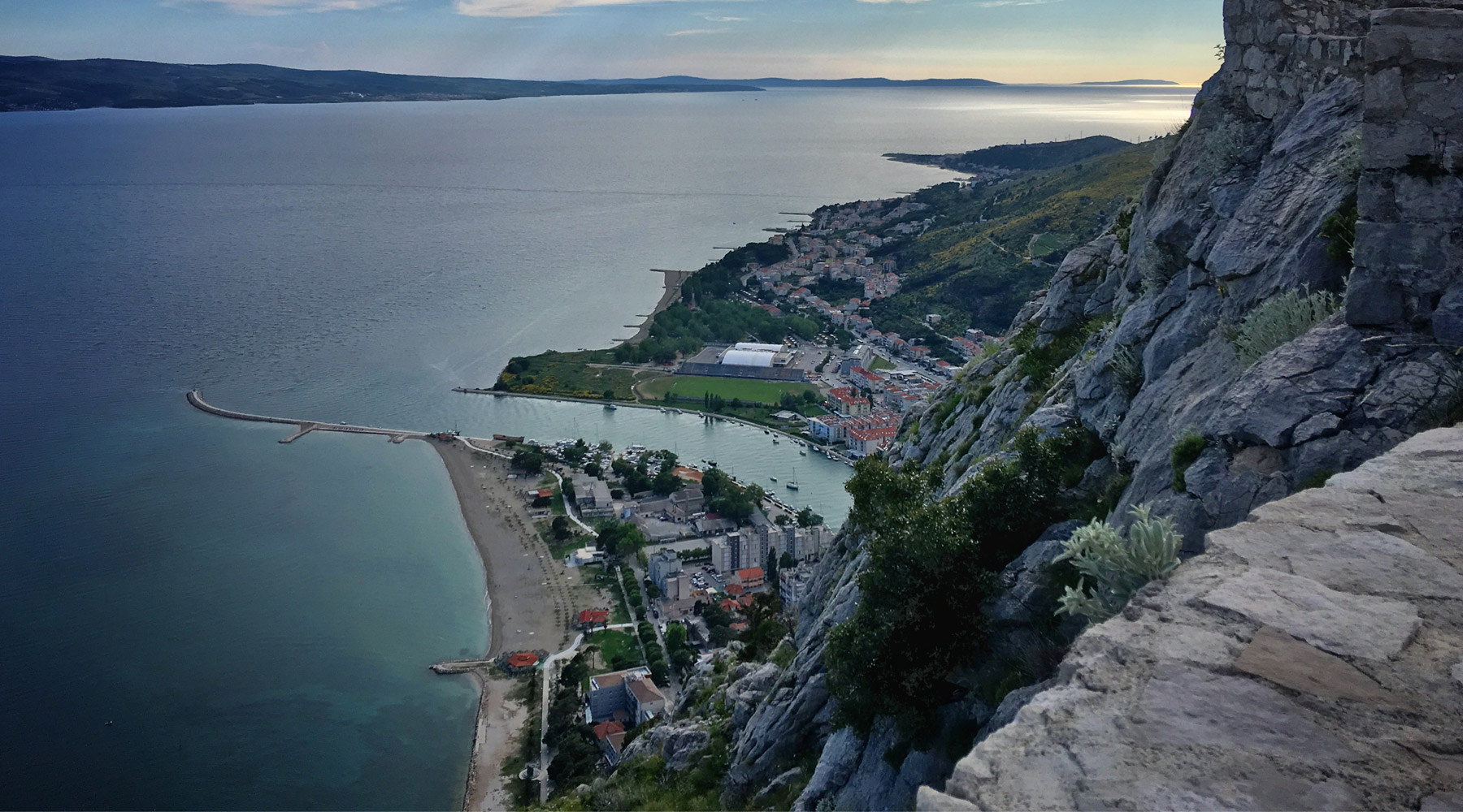 Velika Plaza – An Outstanding Beach in Montenegro