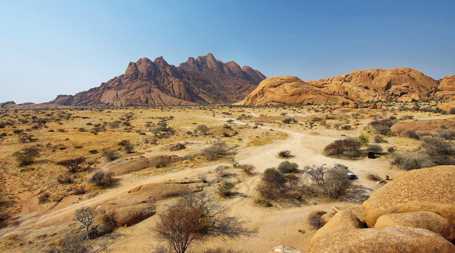 Damaraland– The Fantastic Mountainous Region in Namibia