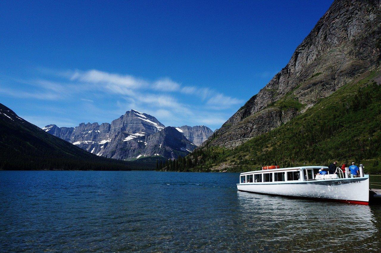 boating glacier national park