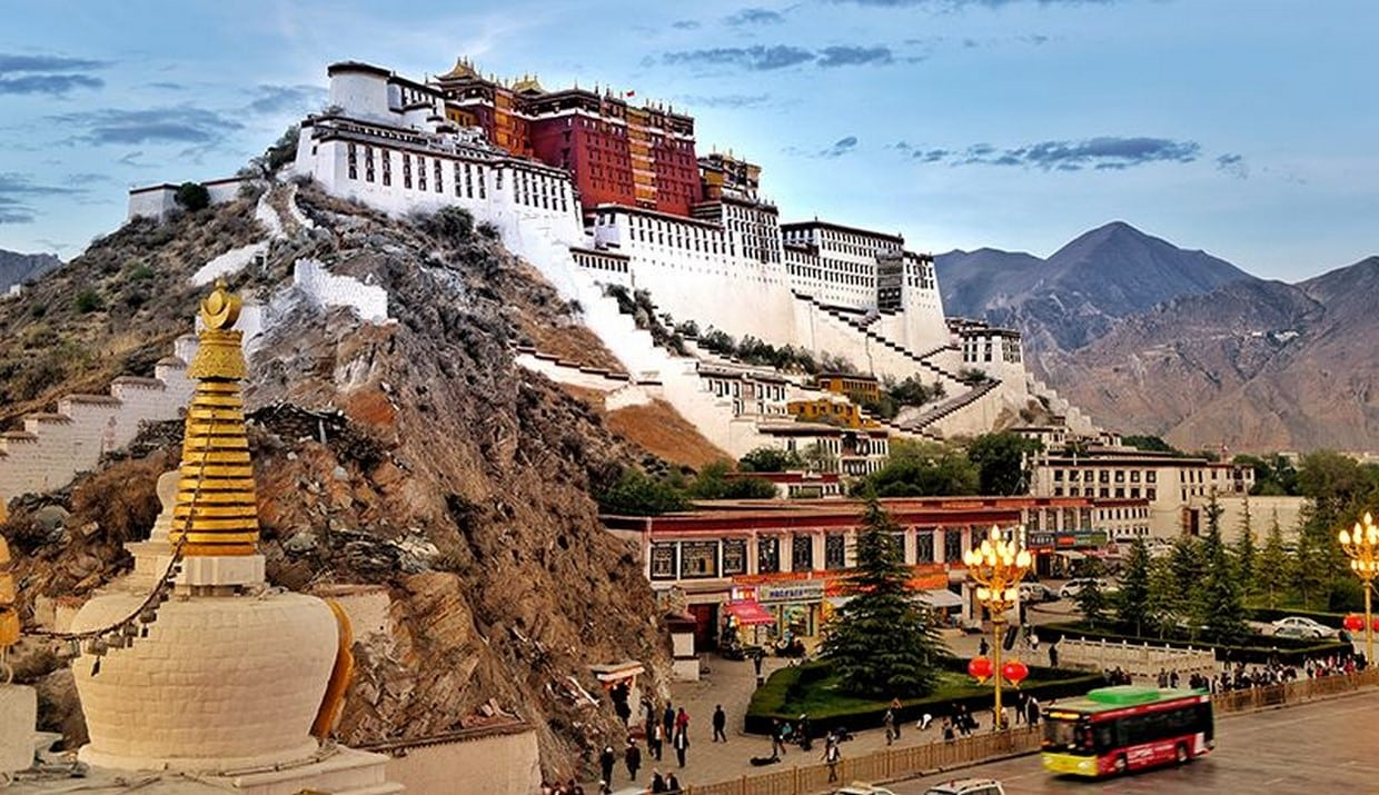 Overland Tour from Sichuan to Tibet on G318 Highway 4