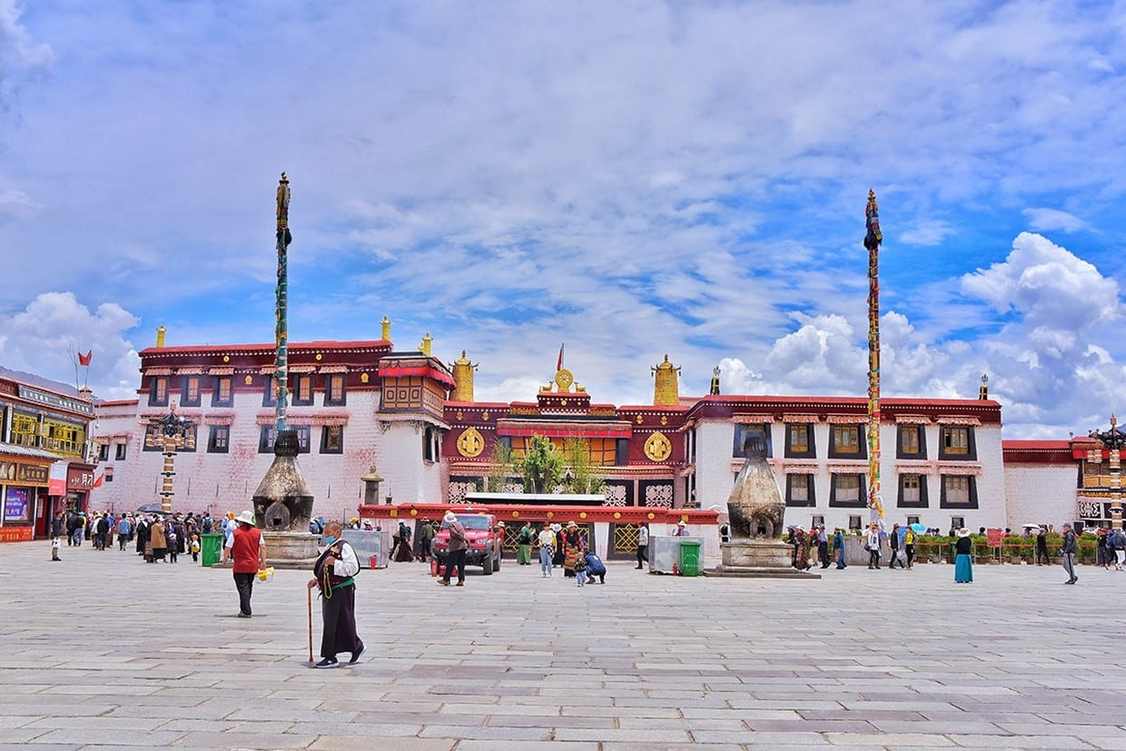 Overland Tour from Sichuan to Tibet on G318 Highway 7