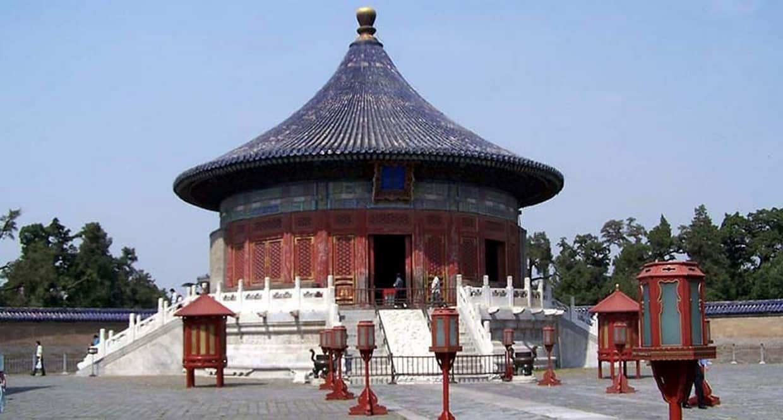 From Yangtze to Tibet 9