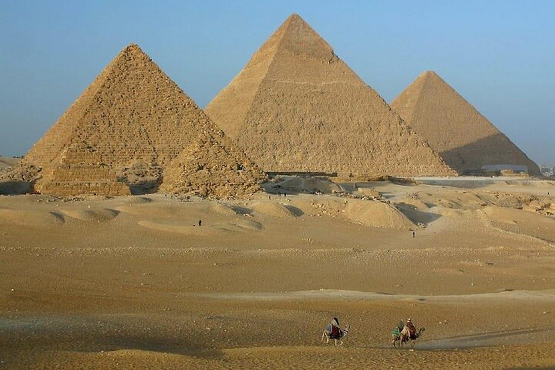 Tour Cairo, Aswan, Luxor and Nile Cruise + Camel Ride 3