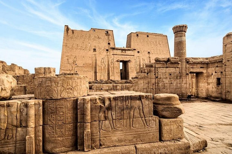 Pyramids, Cairo, Luxor, Cruise, Balloon, Edfu, Aswan, Abu Simble Tour 8