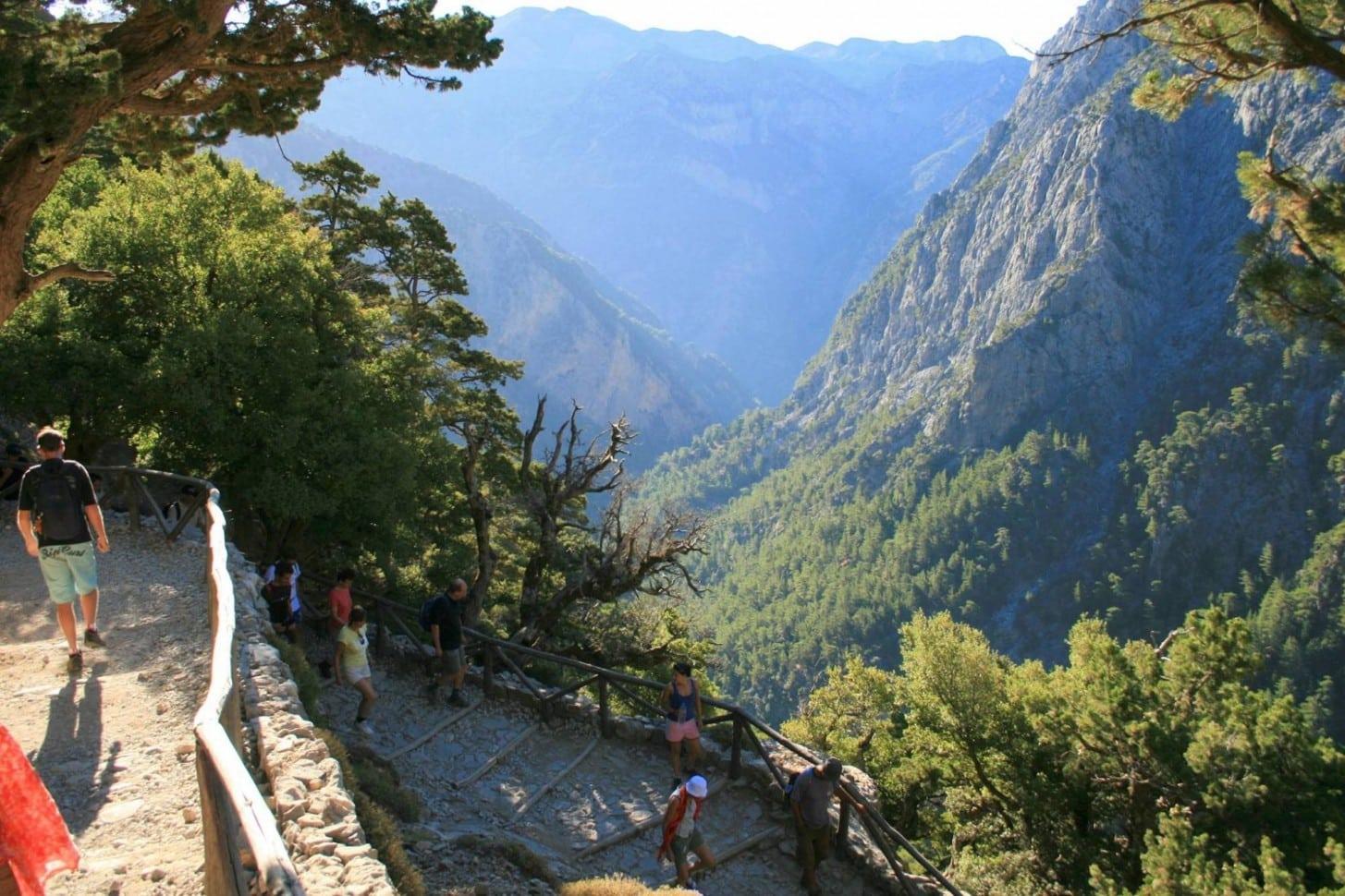 Trekking through Crete 5