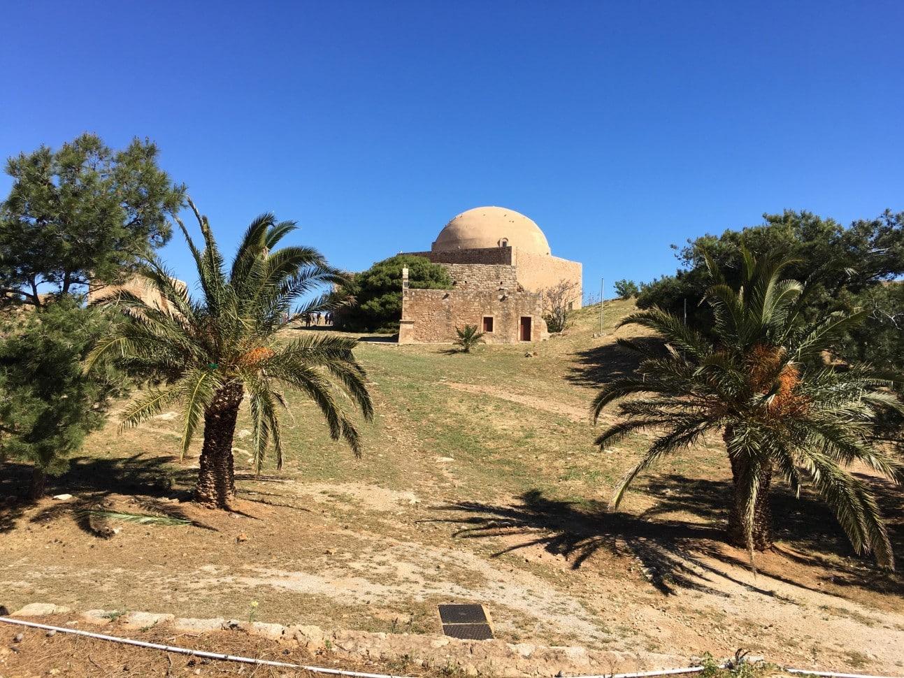 Explore Crete in Liberty 6