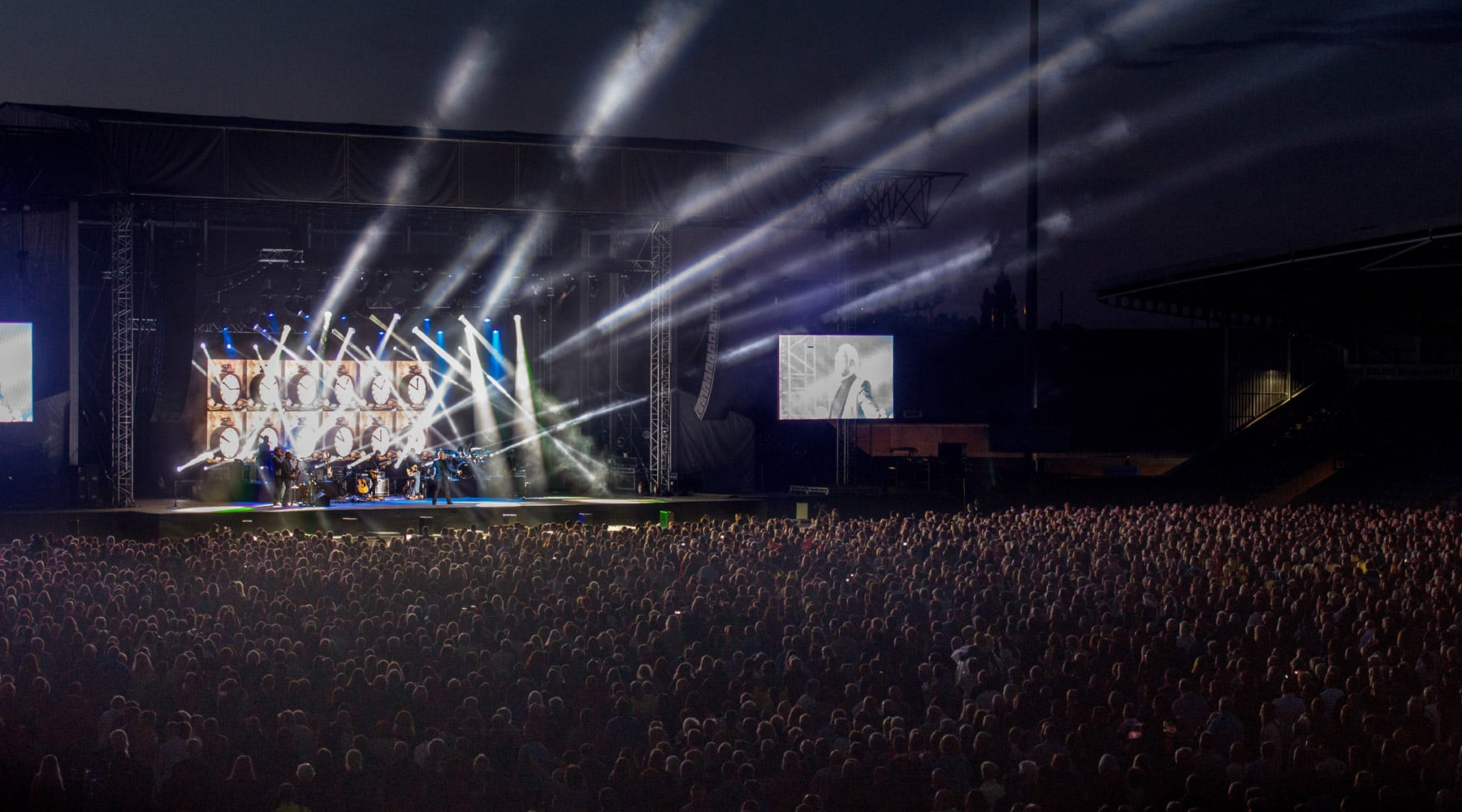 A Concert For 6000 People in The Central Park of New York This August!