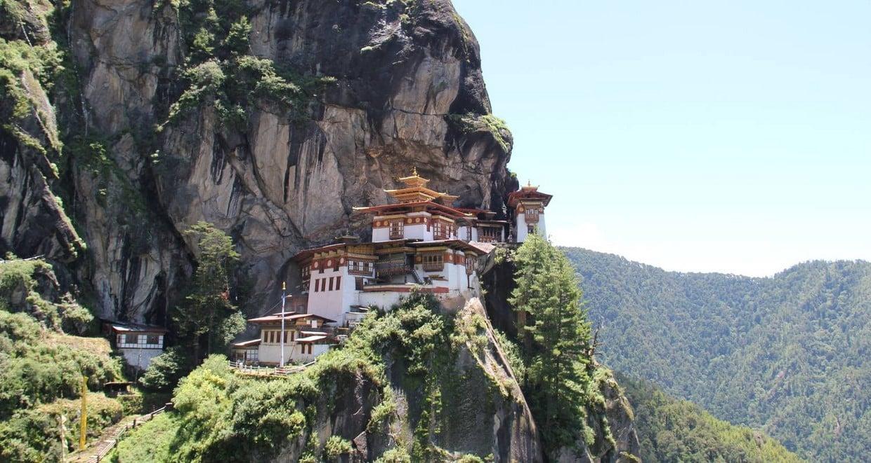 Bhutan In-Depth Tour + Domestic Flight 10