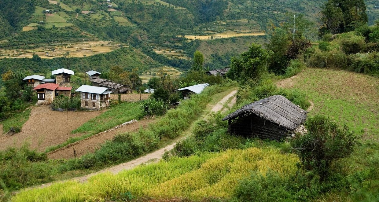 Bhutan Cultural Tour With 2-Day Trek in Bumthang Valley 1