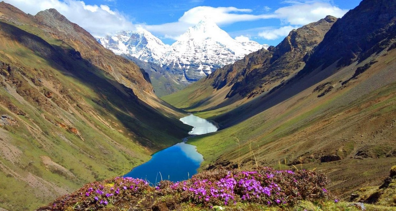Bhutan Jomolhari Mountain Festival and Trekking Tour 4