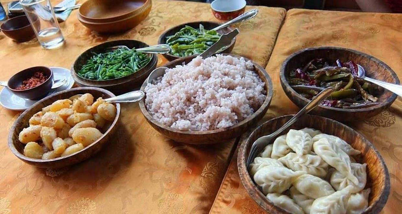 Bhutan Jomolhari Mountain Festival and Trekking Tour 1