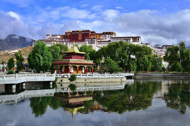 Holy City Lhasa Tour 5