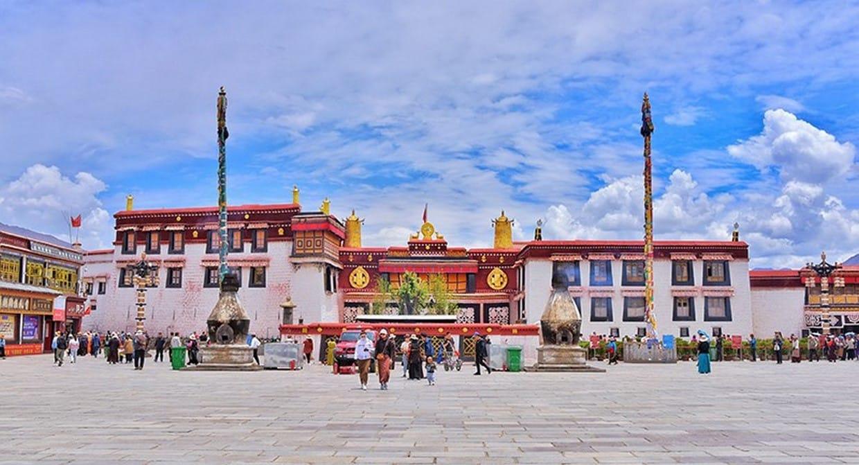 Holy City Lhasa Tour 7