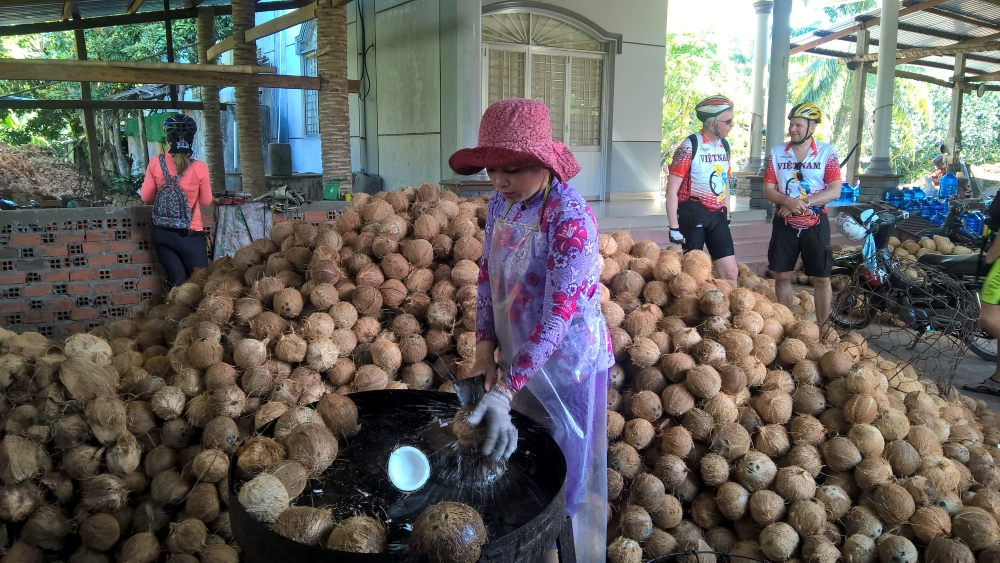 Vietnam Adventure Tours from Ho Chi Minh City by Bike & Kayak 4