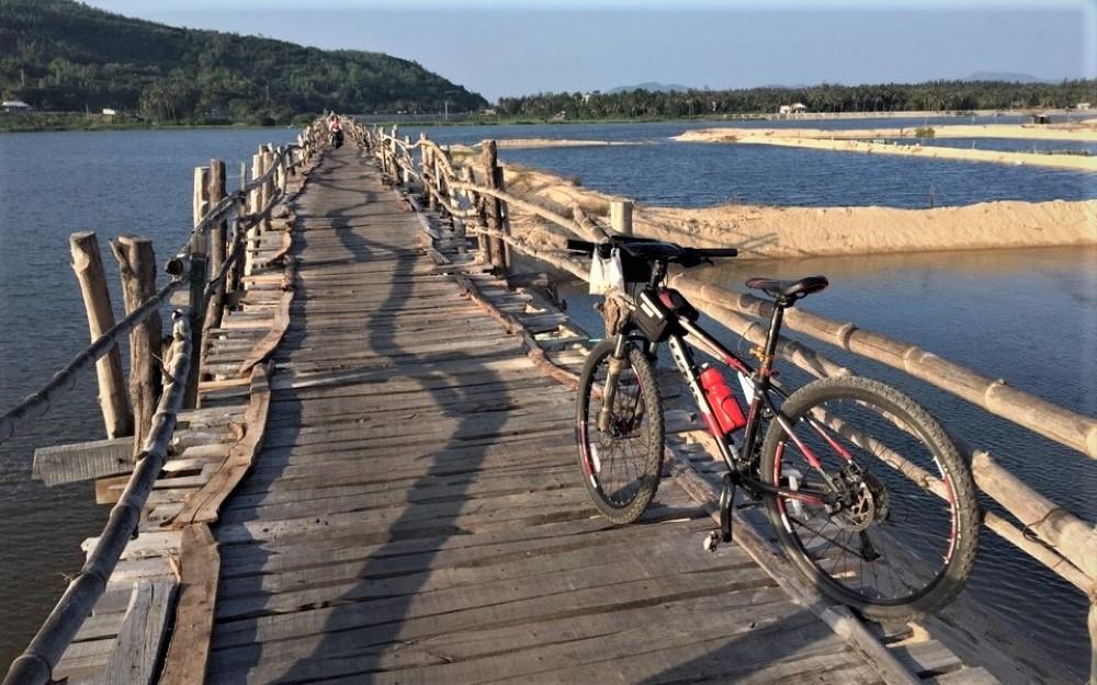 Cycling & Kayaking Vietnam from Hanoi to Saigon 6