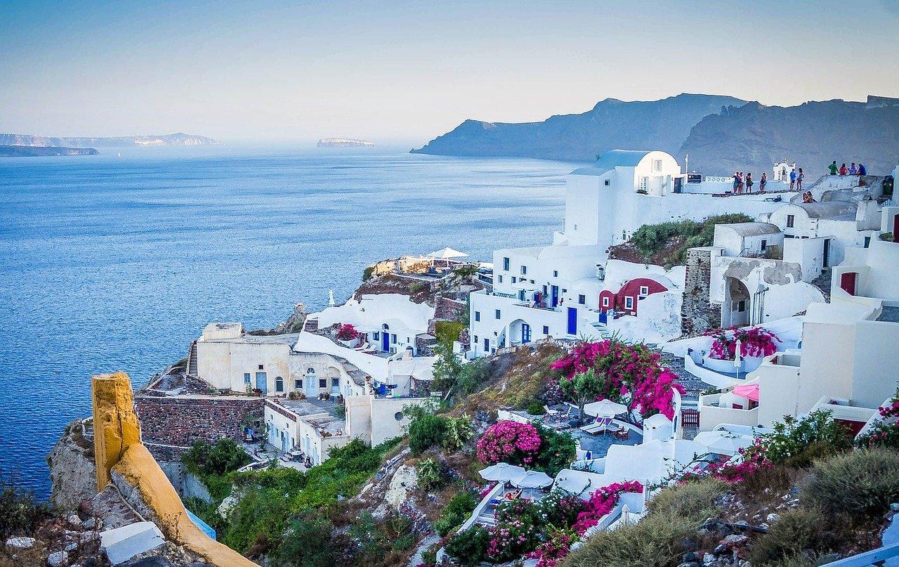 Greek Island Honeymoon Tour from Athens to Paros - Naxos - Santorini 2