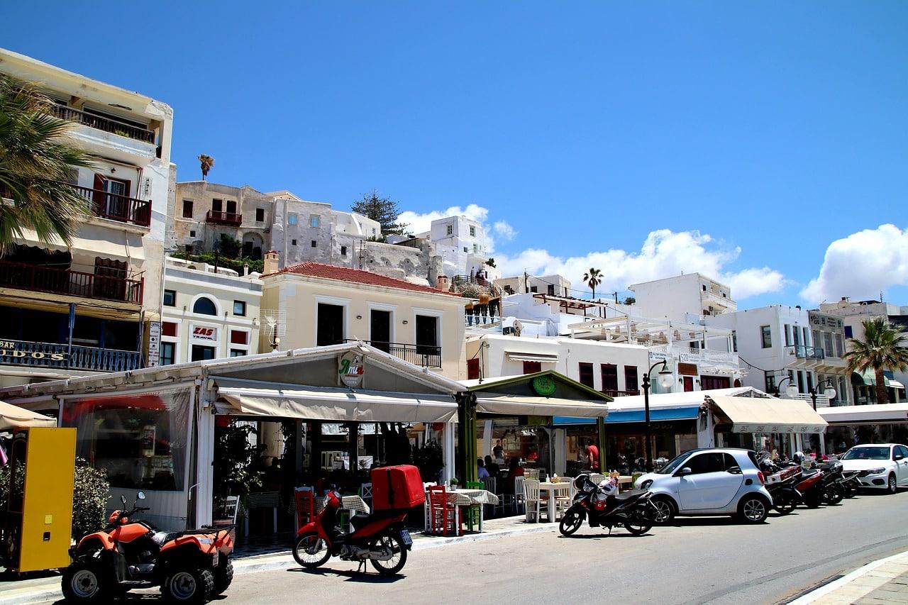 Greek Island Honeymoon Tour from Athens to Paros - Naxos - Santorini 6