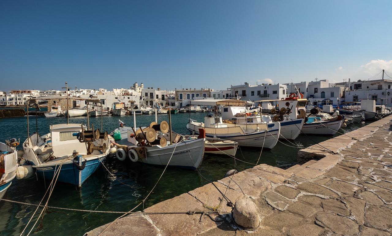 Greek Island Honeymoon Tour from Athens to Paros - Naxos - Santorini 8