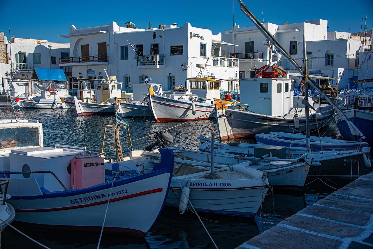 Greek Island Honeymoon Tour from Athens to Paros - Naxos - Santorini 9