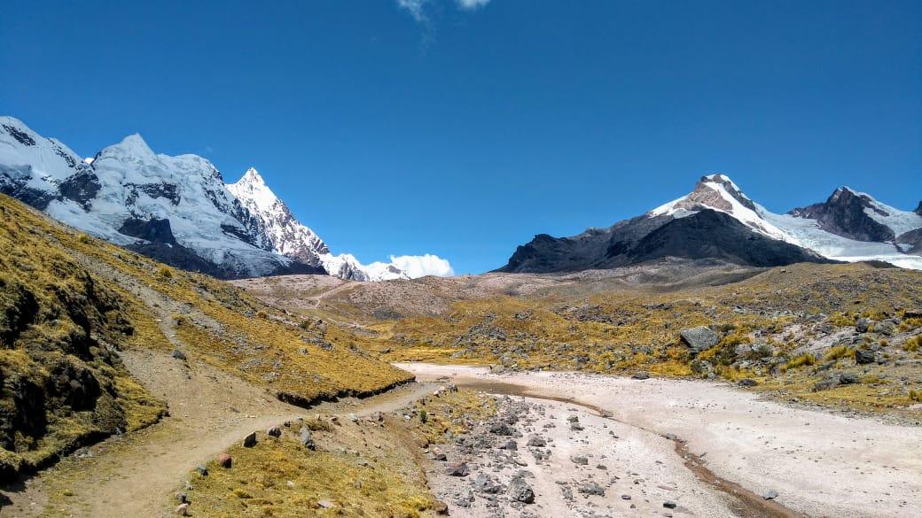 The Peaks of Camino del Apu Ausangate Trek - 6 Days 4