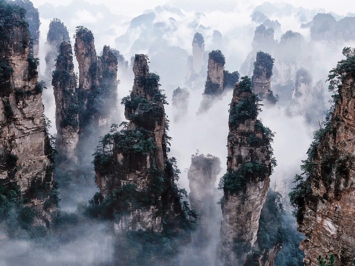 4-Day Zhangjiajie Tour - Magnificent Avatar Mountain 1