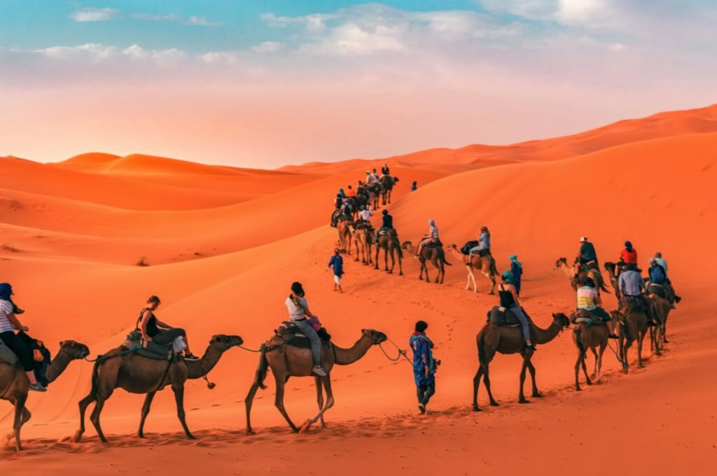 Private 4-Days Desert Tour from Marrakech to Merzouga & Fint Oasis 1